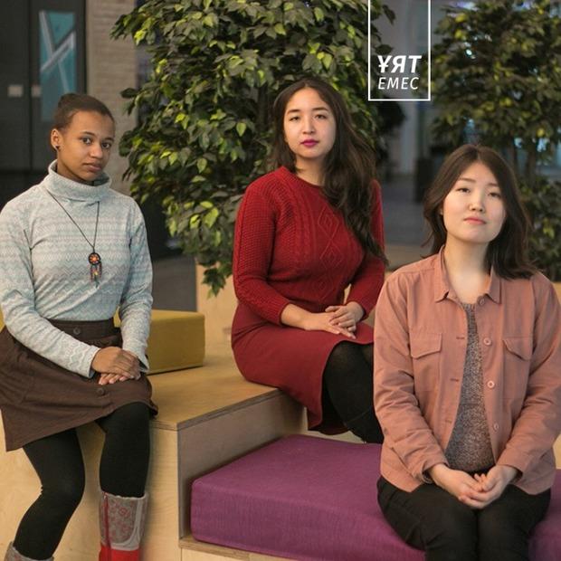 Как три девушки организовали выставку, посвященную жертвам сексуального насилия — Личный опыт на The Village Казахстан