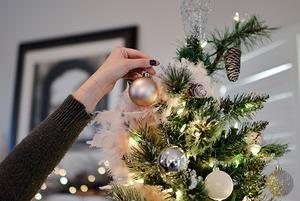 Где в Алматы купить новогодний декор