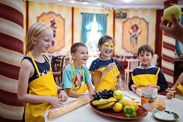 10 кафе в Алматы, где можно отдохнуть с детьми