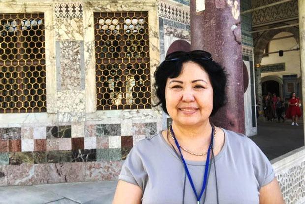 «Я бабушка и криптоконсультант»: История 57-летней Клары Акмурадовой  — Личный опыт на The Village Казахстан