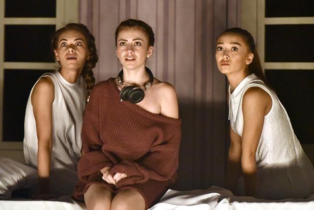 5 главных спектаклей осени в Алматы и Астане — Театр на The Village Казахстан