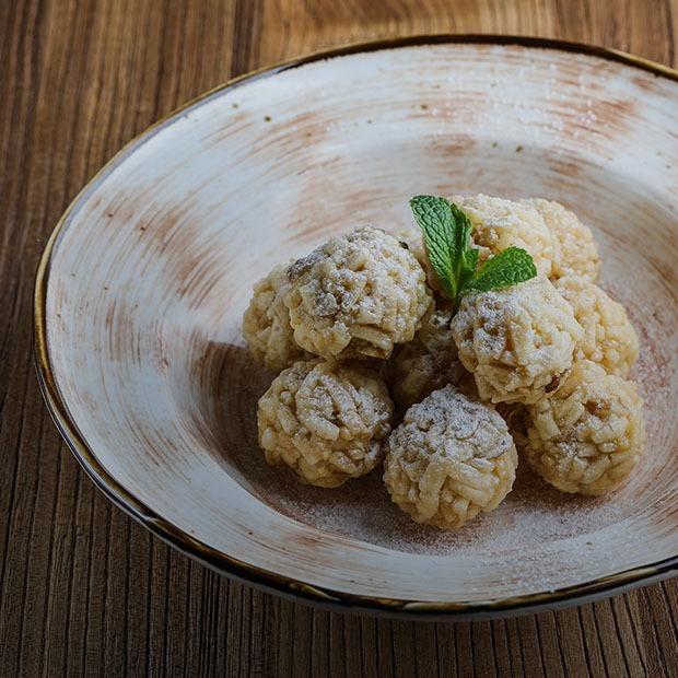Оливье, бешбармак и филе семги: 7 рецептов на новогодний стол — Рецепты шефов на The Village Казахстан
