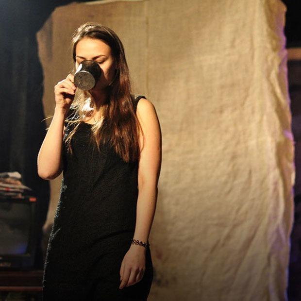 Спектакль по Гоголю, концерт Introvert и показ фильма Вуди Аллена