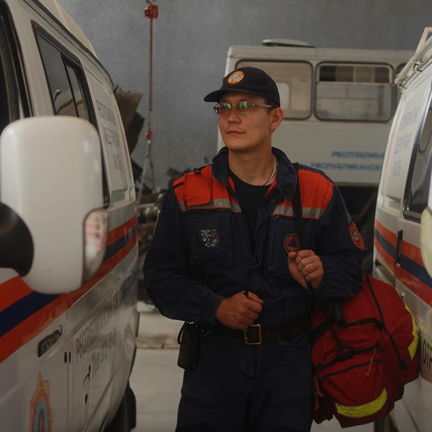 Горы, собаки, вертолеты — многие только мечтают о таком: Спасатели о своей работе — Как всё устроено на The Village Казахстан