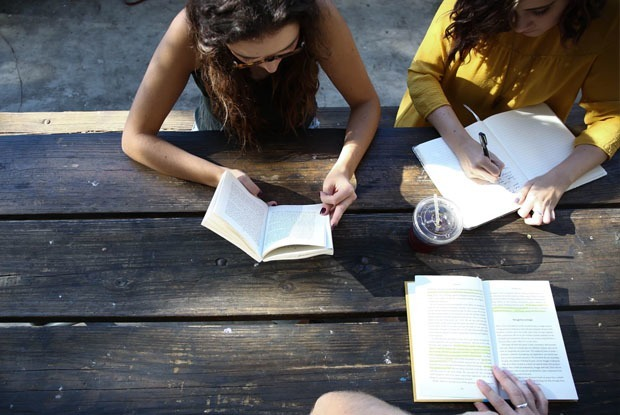 10 грантов, стажировок и вакансий в июле — Образование на The Village Казахстан