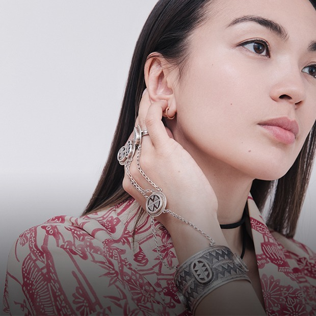 Актер и активистка Салтанат Науруз о любимых нарядах — Внешний вид на The Village Казахстан