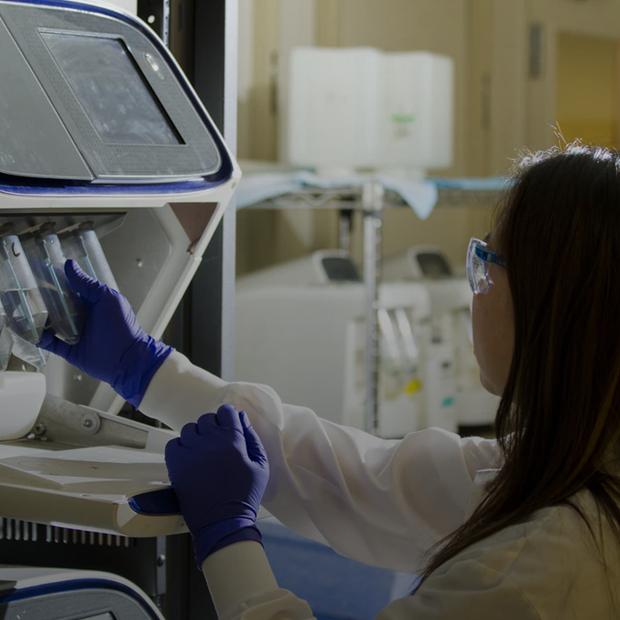 Ученые разные, но точно не скучные: Как 27 женщин-ученых ведут аккаунт о науке