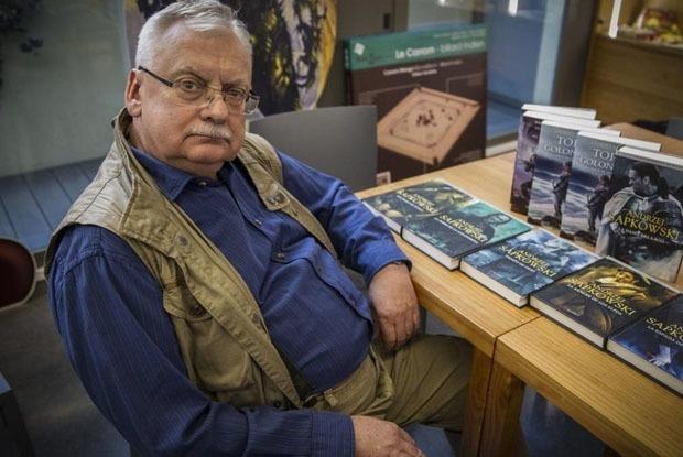 «Ведьмак» и не только: Три фэнтези-мира Анджея Сапковского — Книга недели на The Village Казахстан