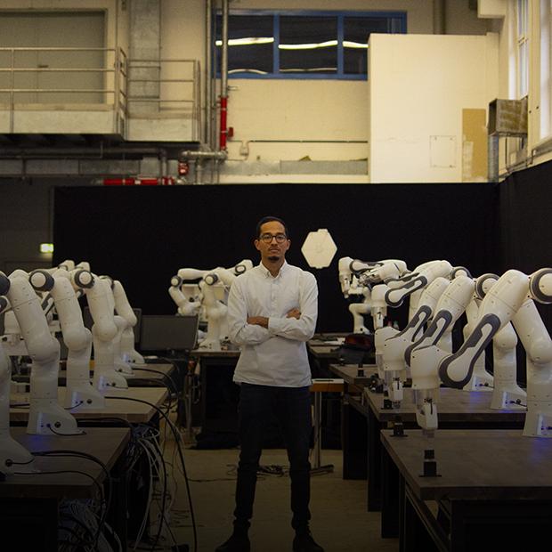Я разрабатываю роботов-физиотерапевтов в Мюнхене — Казахстанцы за рубежом на The Village Казахстан