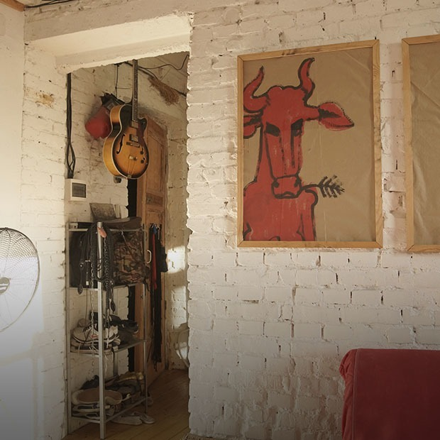 Квартира с высокими потолками в цековском доме в стиле лофт — Квартира недели на The Village Казахстан
