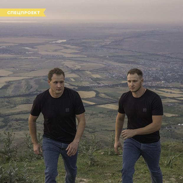«У нас одна жизнь на двоих»: Каково это — родиться с лучшим другом? — Спецпроекты на The Village Казахстан
