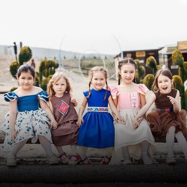 Декреттік демалыста балалар киімін тігіп, екі айда қалай миллион табуға болады? — Qazaqsha на The Village Казахстан