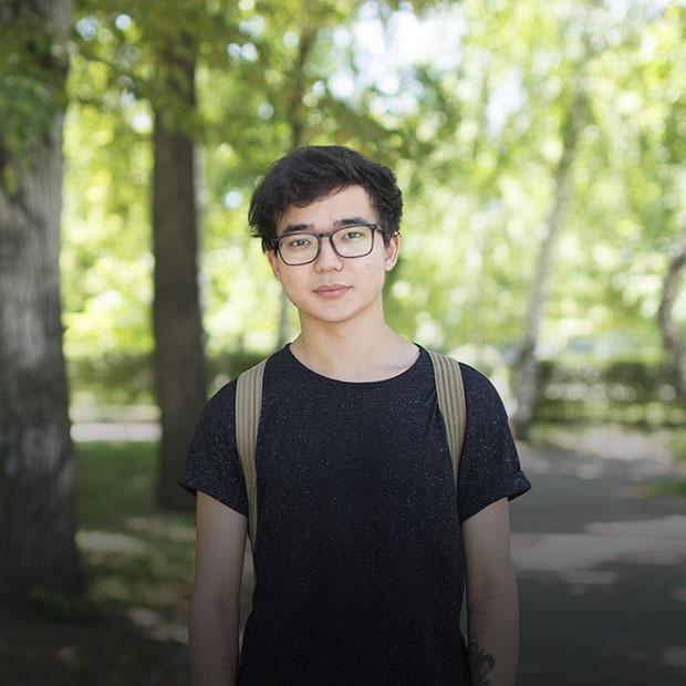 «Мен адамның жыныс мүшесін емес, жеке басын жақсы көремін»: Қазақстандықтар каминг-аут туралы — Qazaqsha на The Village Казахстан