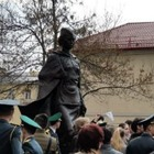 В Санкт-Петербурге поставили памятник Алие Молдагуловой