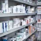 За продажу сертификатов о вакцинации фармацевту из США грозит 120 лет тюрьмы