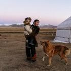 The New York Times написали о монгольской казашке-охотнице с орлом