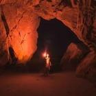 Во Франции 15 добровольцев прожили 40 дней в пещере без часов и связи