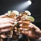 13 % миллениалов не хватает денег на алкоголь