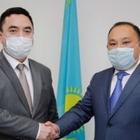 Задержаны первый замакима Атырауской области и глава областного управления строительства
