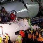 В Стамбуле при жесткой посадке самолета погибли три человека