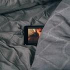 Самая быстрая рука на Диком Западе: CamSoda ищет порнокритика