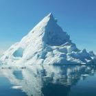 Самый большой в мире айсберг раскололся