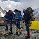 Казахстанские альпинисты застряли в горах Тянь-Шаня