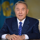 Назарбаев: «Здоровайтесь коленом или локтем»
