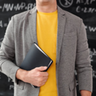Зарплату казахстанских преподавателей вузов обещают увеличить с сентября