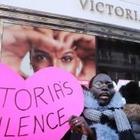 Бренд Victoria's Secret выбросил сотни единиц нижнего белья и подвергся критике