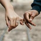 Франция разрешит въезд разлученным из-за карантина влюбленным