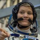 Астронавт Энн МакКлейн, возможно, совершила первое космическое преступление