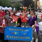 Казахстанцы вышли на гей-парад в Нью-Йорке