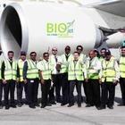 Пассажирский самолет впервые выполнил рейс на топливе из растений