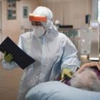 Исследование: Треть переболевших коронавирусом страдает от нервных или психических расстройств