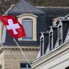 Деньги с неба: В Швейцарии думают выплатить по 7 000 евро всем гражданам страны