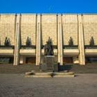 Варианты реконструкции фасада Театра имени Ауэзова представили в Алматы