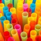 В Англии запретили пластиковые соломинки и ватные палочки