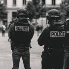 Полиция почти пять часов удерживает активистов в Алматы