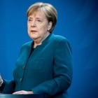 Руководить страной из дома: Меркель ушла на карантин