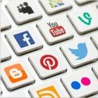 Twitter и Whatsapp начали бороться с фейковой информацией