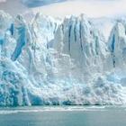 Гренландия планирует продавать воду из тающих ледников