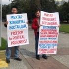 В Алматы проходит акция в поддержку Джакишева