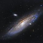 Вселенная на самом деле не черная — британские ученые