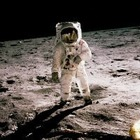 Американцы собираются на Луну в 2024 году