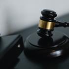 Казахстанцам станет проще судиться с госорганами: Обещают создать специальные суды
