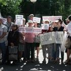 Штрафовать родителей за вовлечение детей в акции протеста предложили в Казахстане