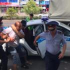 В Шымкенте задерживают людей