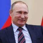 В свой день рождения Путин поднял себе зарплату