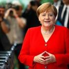 В Германии сшили ограниченную партию плюшевых мишек в образе Меркель